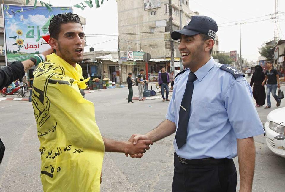 Palestinian unity faces tough road