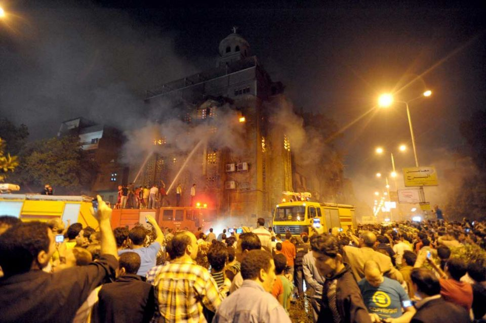 Sectarian violence erupts in Egypt after church attacks