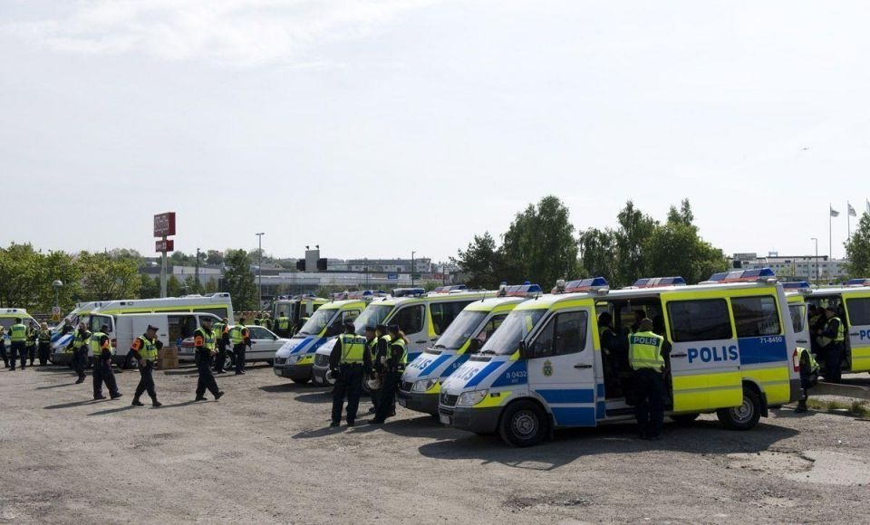 Demonstrations erupt against new mosque in Sweden