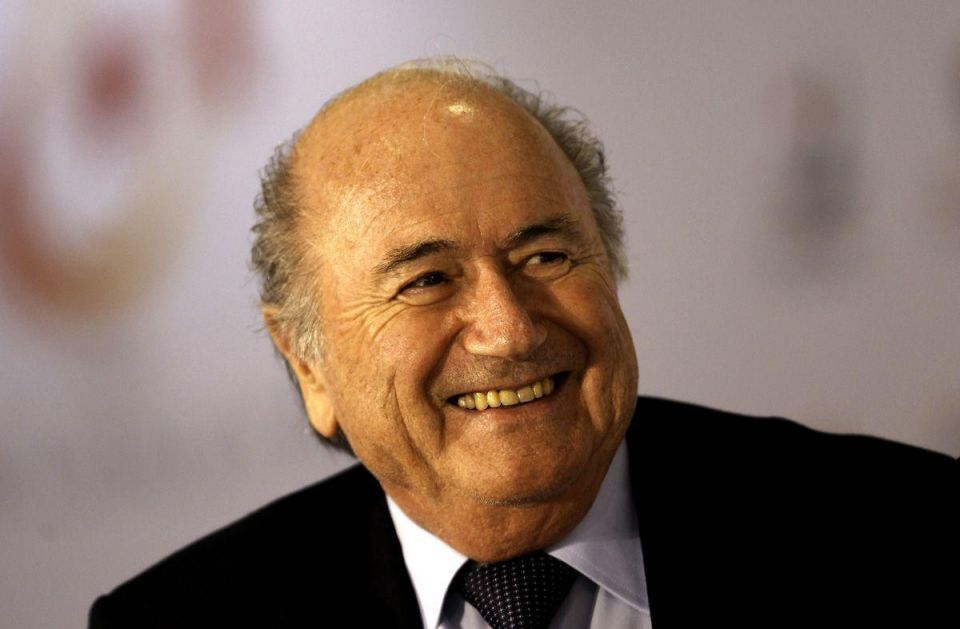 Blatter's Twitter page hit by Qatar bribery tweets