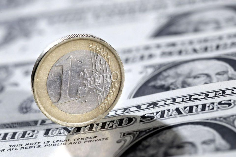 Dollar drops to record low versus franc