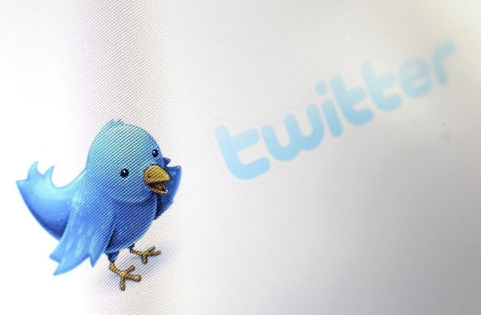 Kuwaiti student's 2yr jail term upheld for insulting Emir on Twitter
