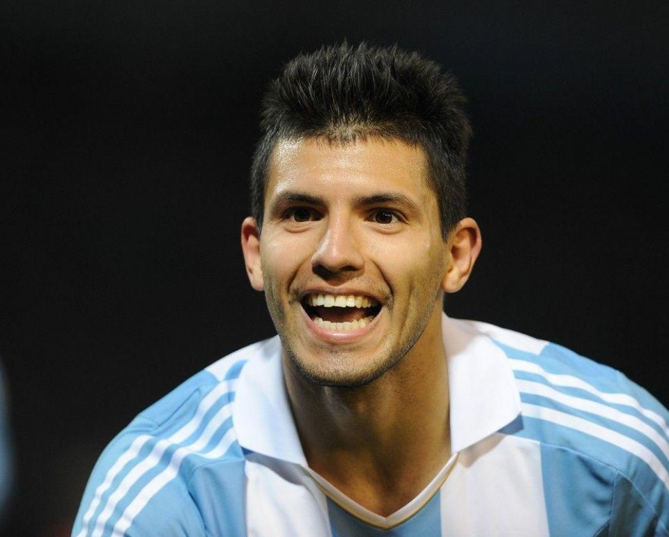 Man City confirms five-year deal for Argentina star