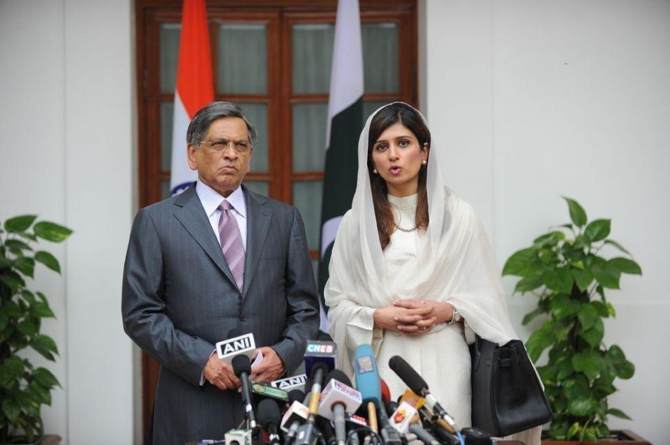 Pakistan's first female foreign minister visits India