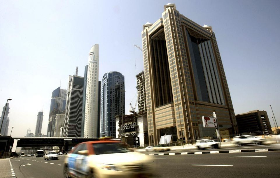 Dubai nets loans as economy defies global rout