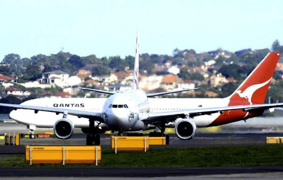 Etihad set to pounce on Qantas route cuts