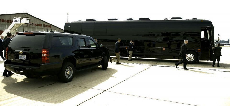Obama hits the road in bus tour of US Midwest