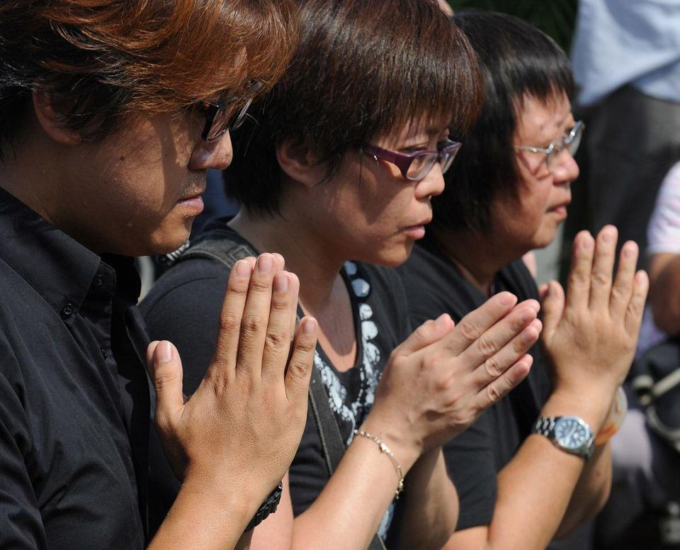 Philippines marks first anniversary of bus hostage drama