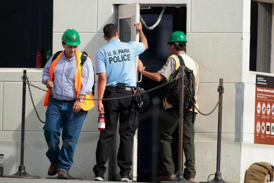 Cracks found in Washington Monument after earthquake