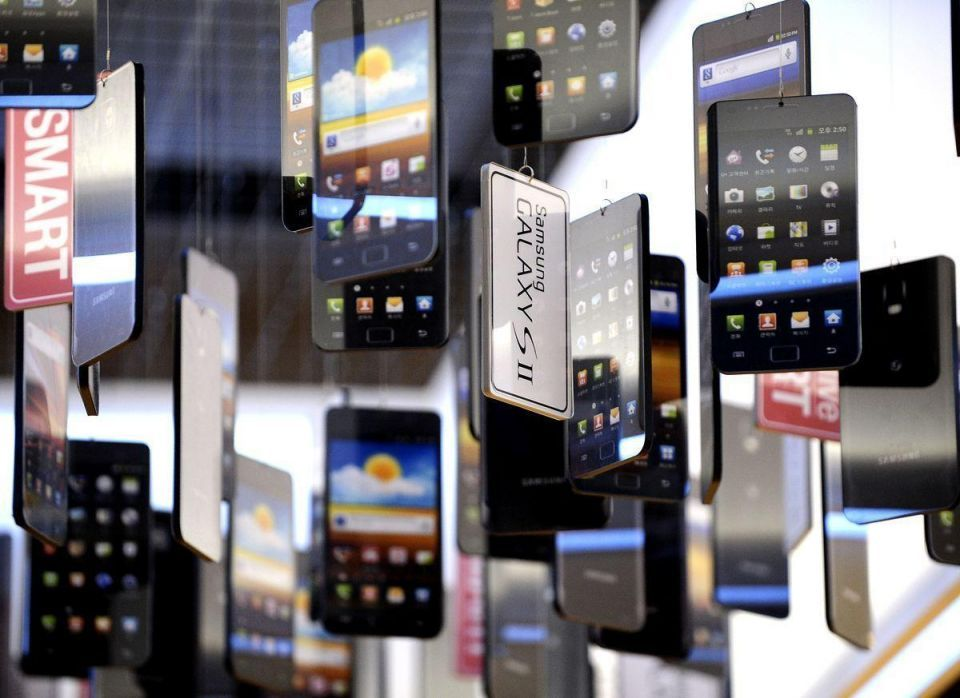 MidEast mobile phone growth outstrips US, Europe in Q3