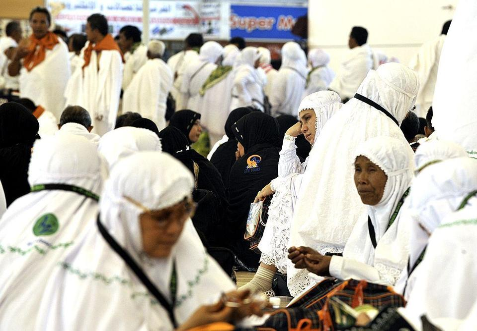 Millions of Muslims journey to Makkah for the hajj
