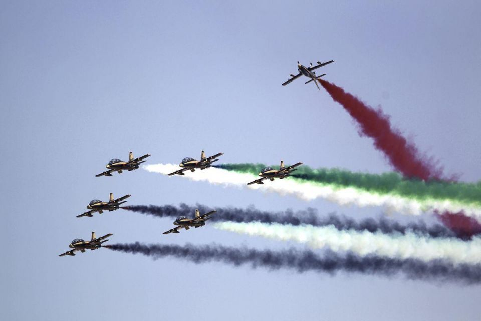 UAE aerobatic display team wows the crowds in Dubai