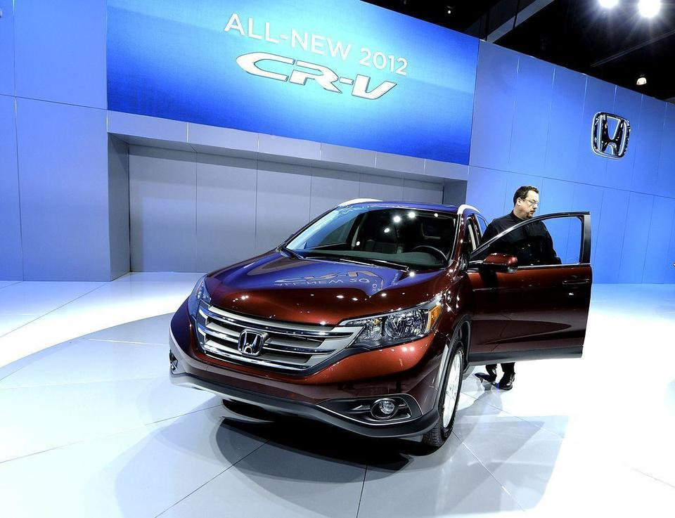 Fuel-efficient cars to dominate Los Angeles Auto Show