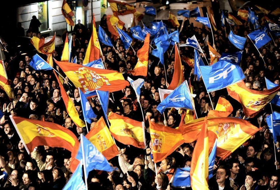 Voters punish Spanish socialists with tilt to the right