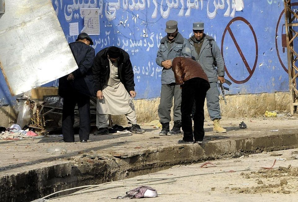 Afghan Shi'ites fear attacks after deadly blast in Kabul