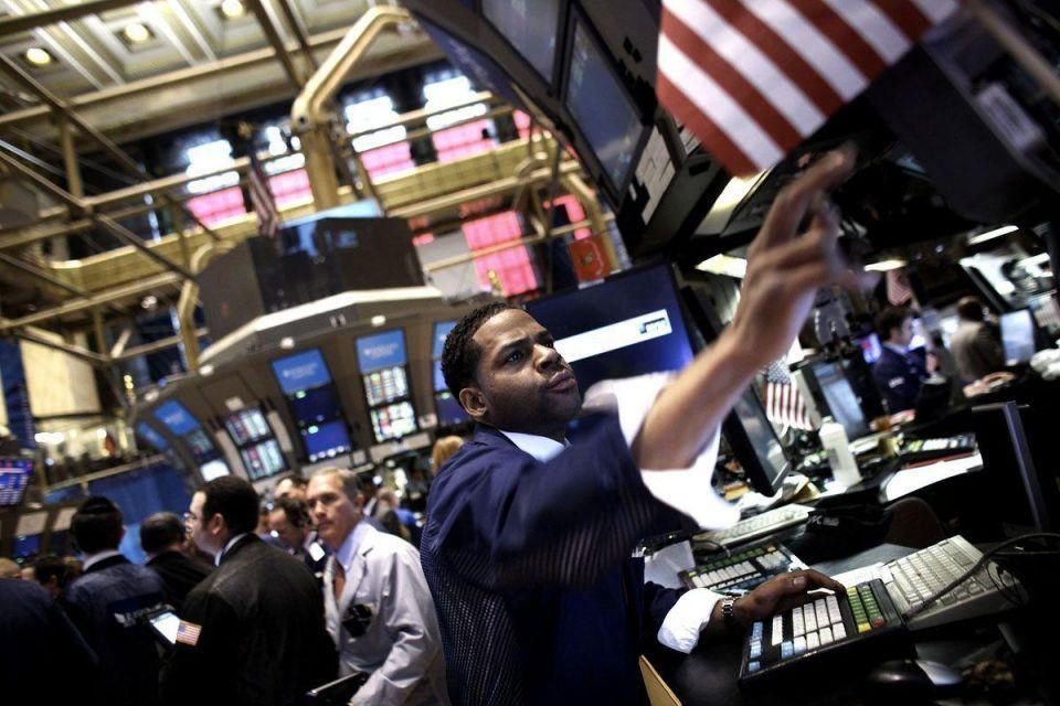 Stocks fall despite crude rally