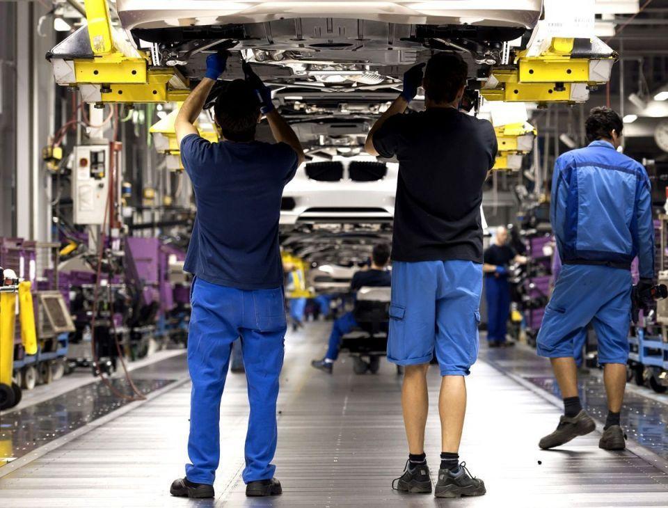 Inside BMW's auto production plant
