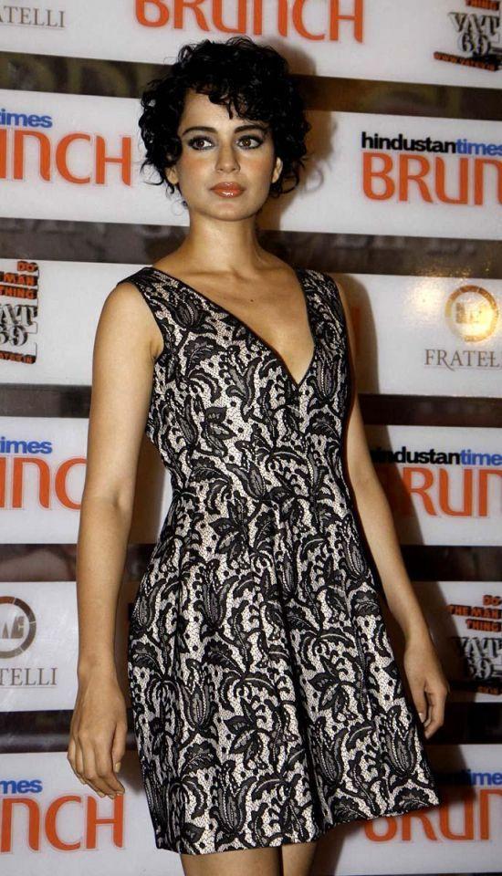 Bollywood stars gather in Mumbai