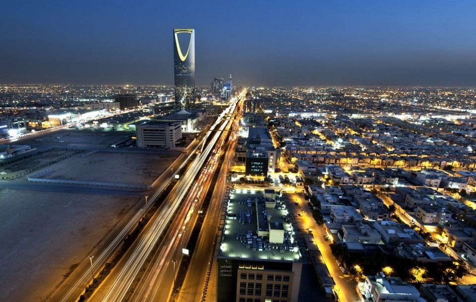 Saudi unemployment rate edges up to 11.6%