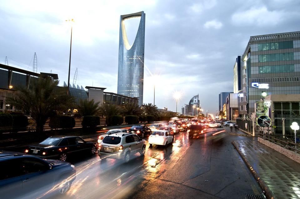 Saudi Arabia signs road deals worth over $1bn