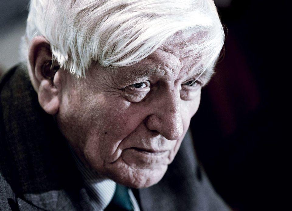 Sir Maurice Flanagan retires from Emirates