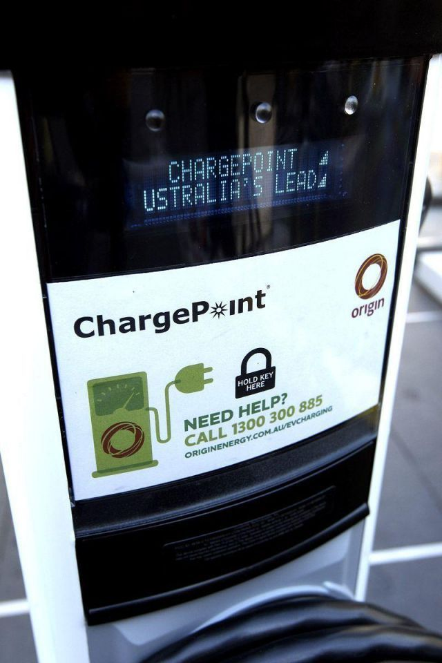 Dubai plans infrastructure to promote use of electric cars