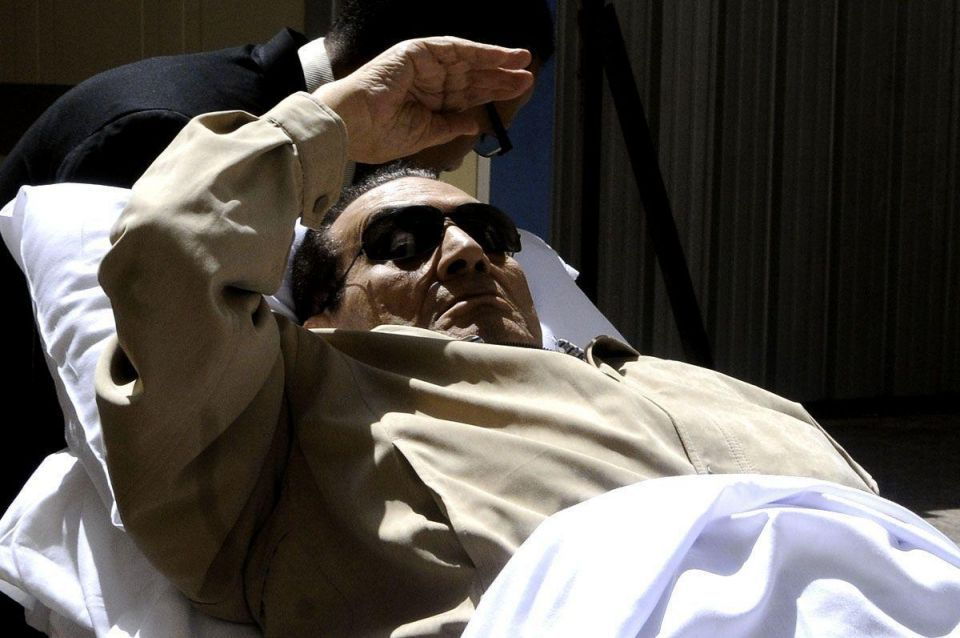 Egypt's Mubarak moved to hospital in health crisis
