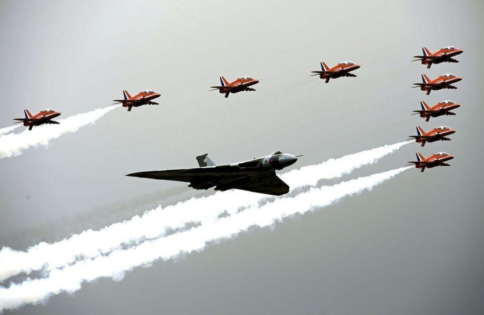 Red Arrows display confirmed for Dubai Airshow