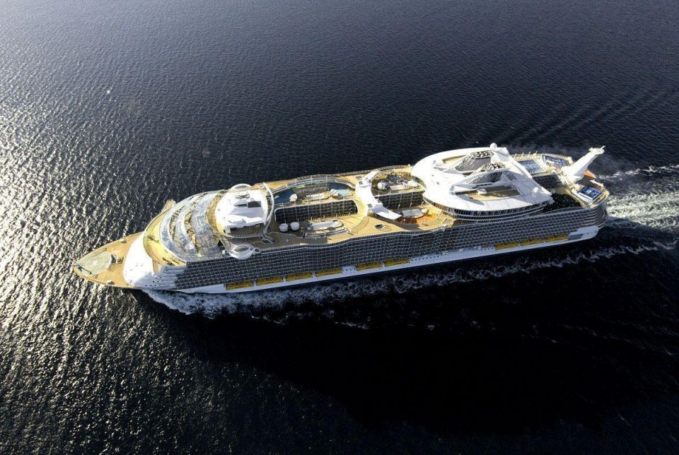 Royal Caribbean to pull out of Dubai in 2013