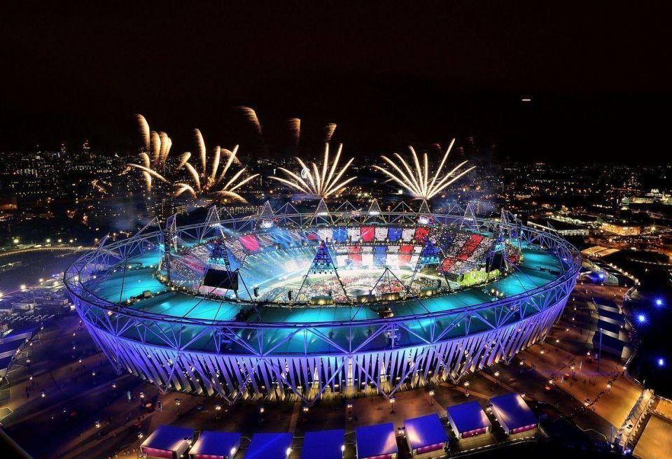 James Bond star, Queen steal Olympics show
