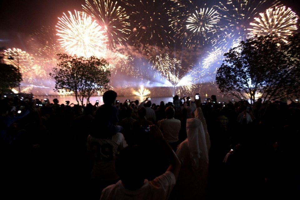 Kuwait splashes out on biggest ever fireworks display