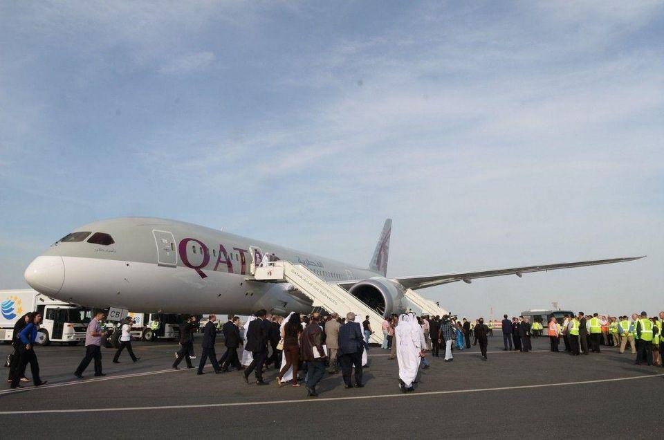 Qatar Airways chief dismisses 787 safety fears
