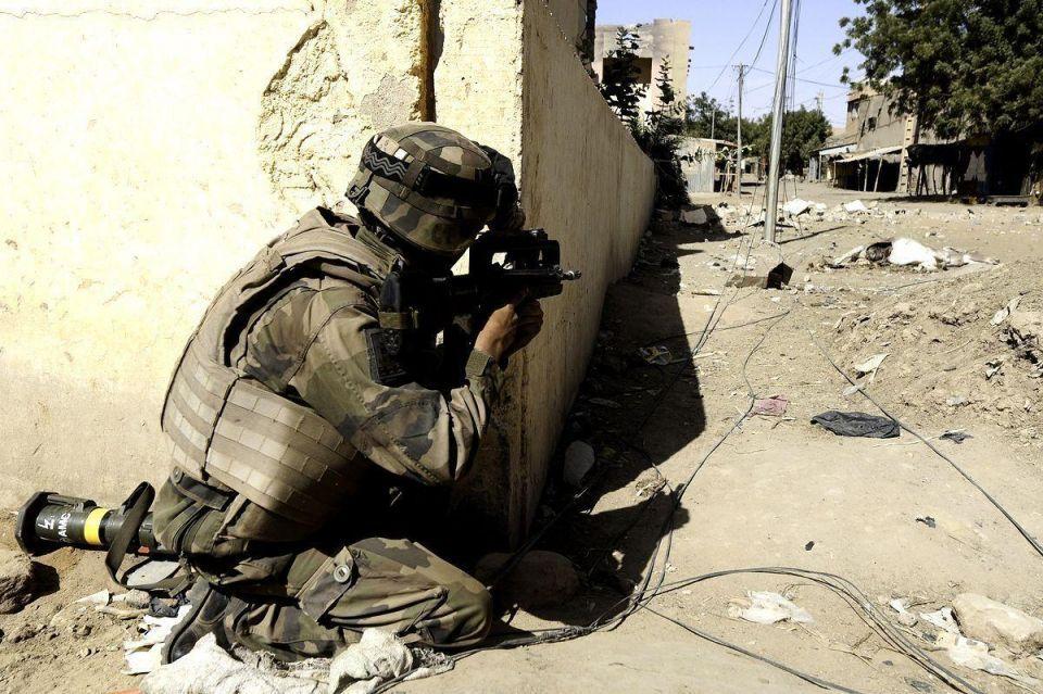 Gunmen kill 21 Egyptian military border guards near Libya