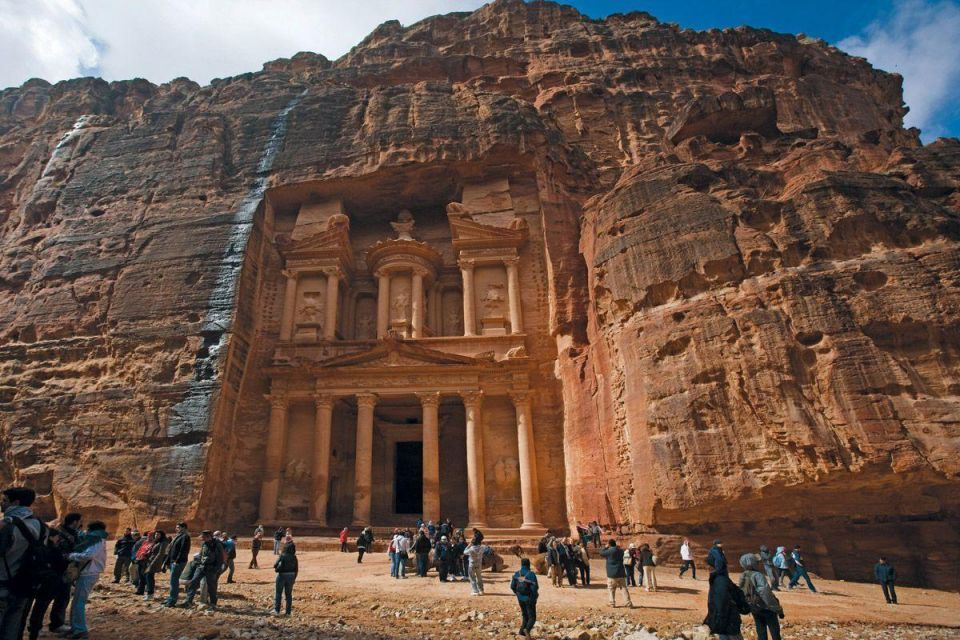 Jordan Q1 tourism income falls 11.9% as Westerners stay away