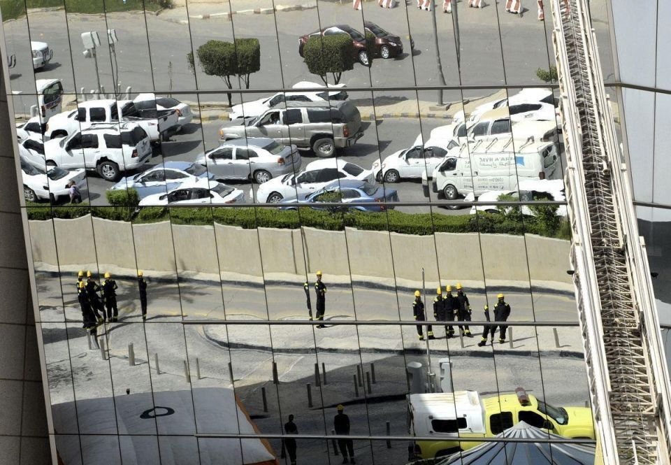 Saudi firefighters undertake terrorist training