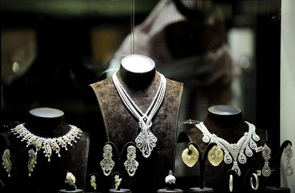 Diamond rings worth $129,000 left in Qatar bathroom