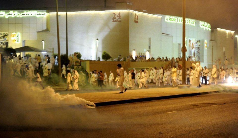 Kuwaiti police teargas opposition protest