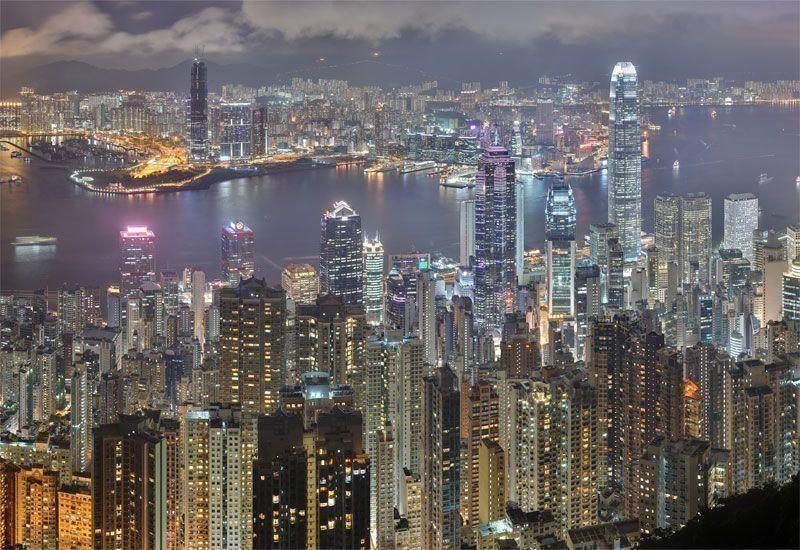 Hong Kong hires banks for first Islamic bond