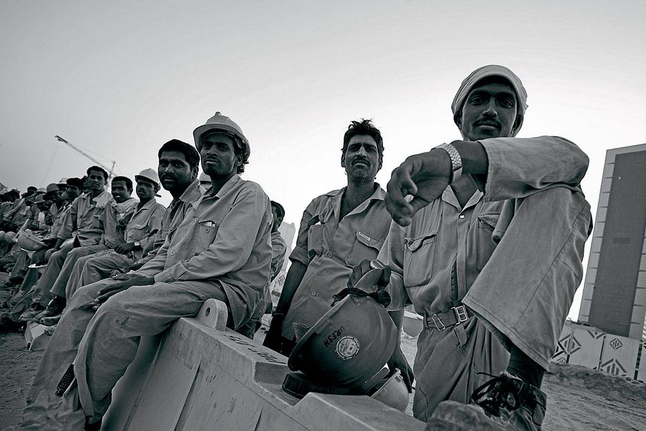 India suspends sending workers to KSA – report