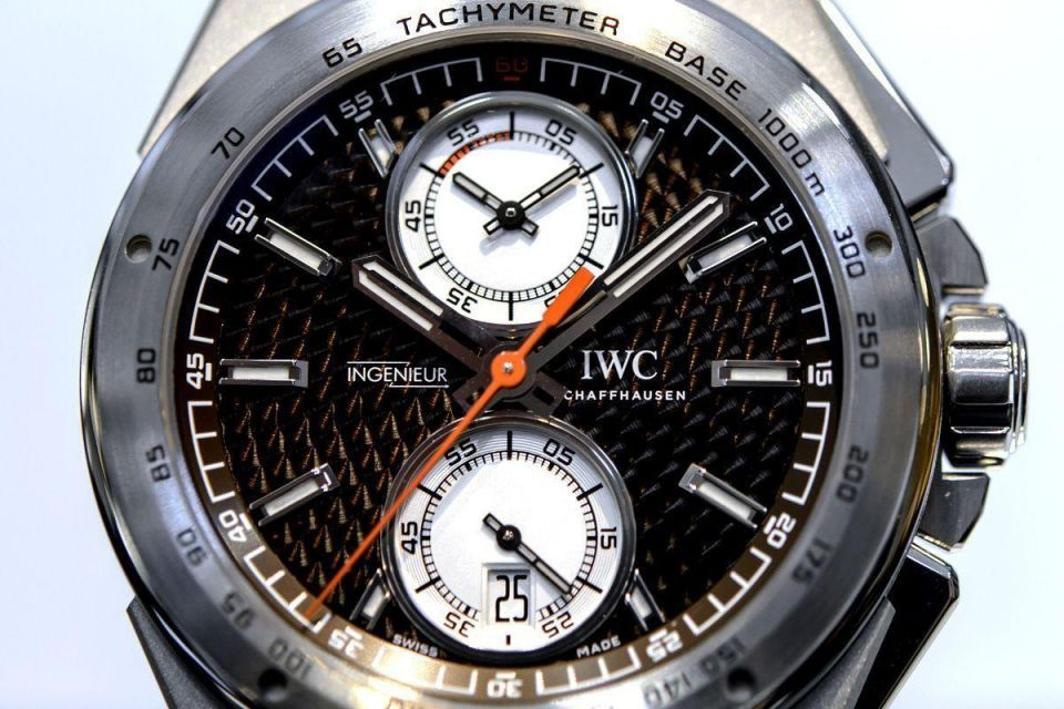 Over $1bn worth of Swiss watches shipped to UAE in 2013