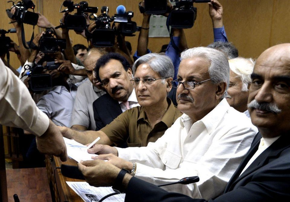 Pakistani Presidential candidates submit nominations