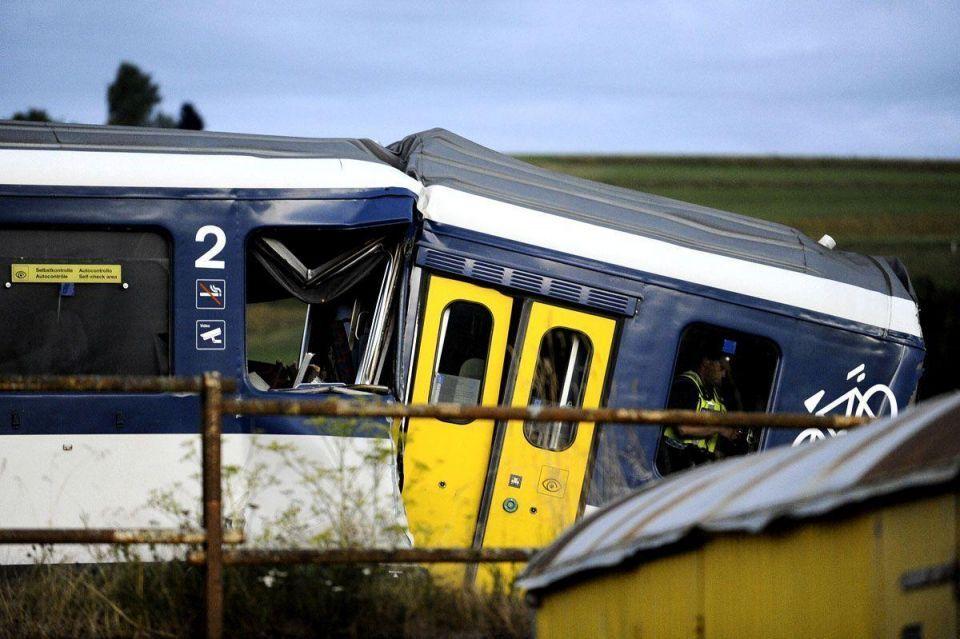 Swiss train crash injures dozens