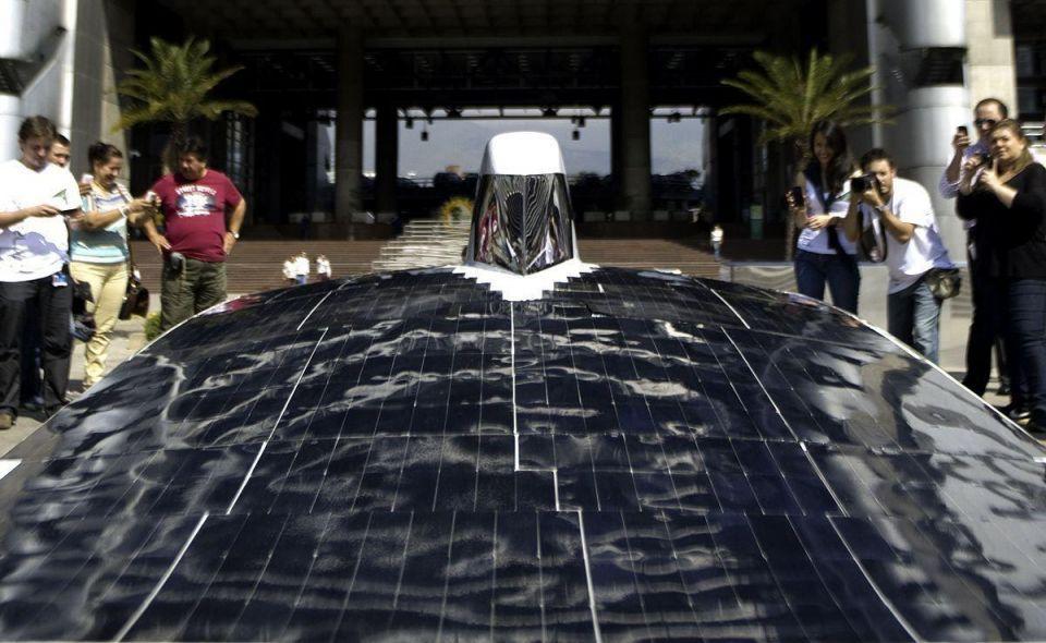 Solar cars prepare for challenge