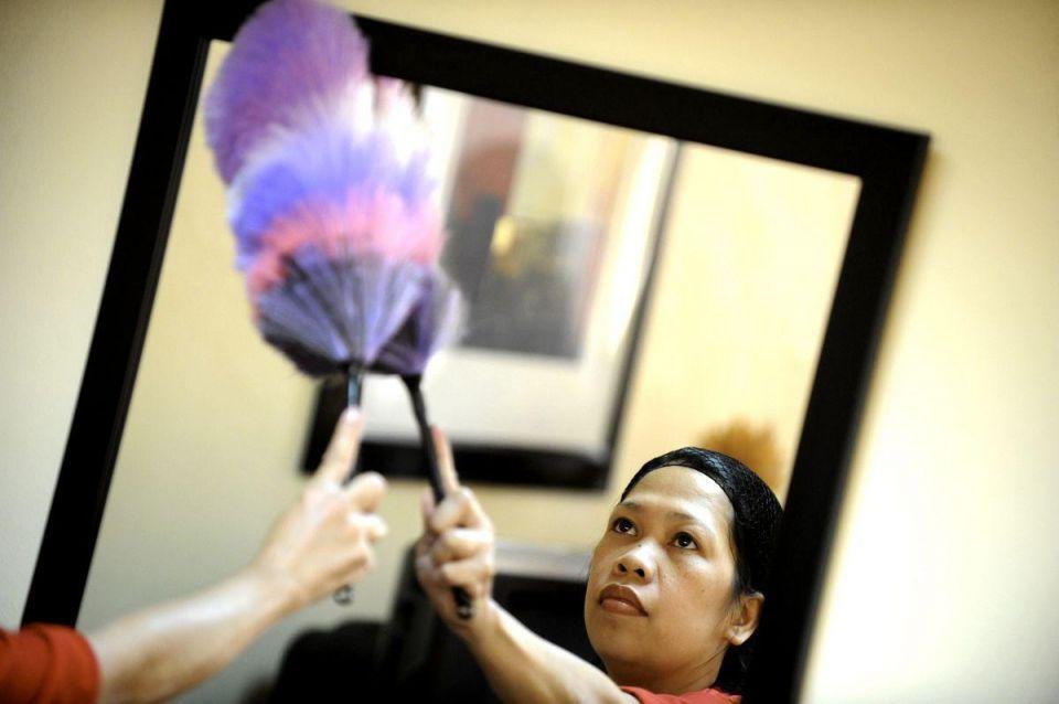 Saudi women in bid to slash maids' wages