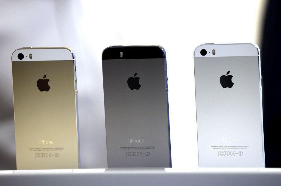 Apple sells 9m new iPhones in 3 days
