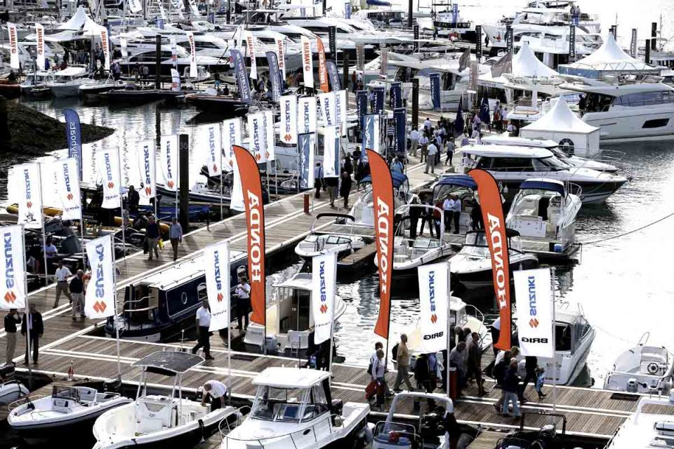 Hundreds gather for Southampton Boat Show