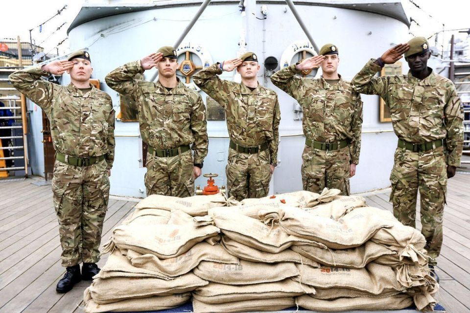 WWI 'Sacred soil' arrives in Britain