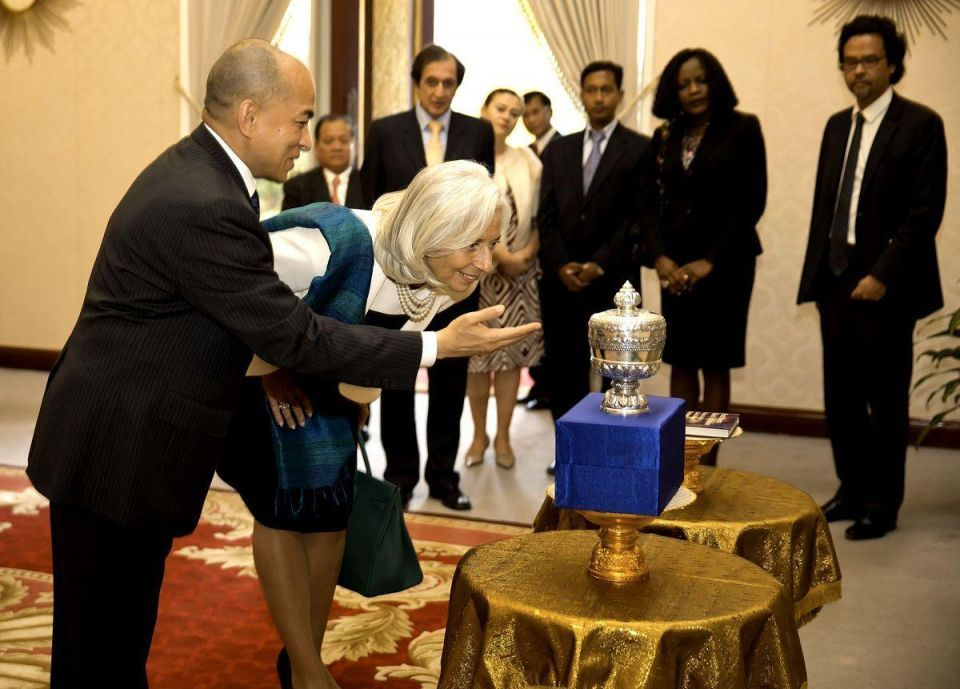 IMF director visits Asia