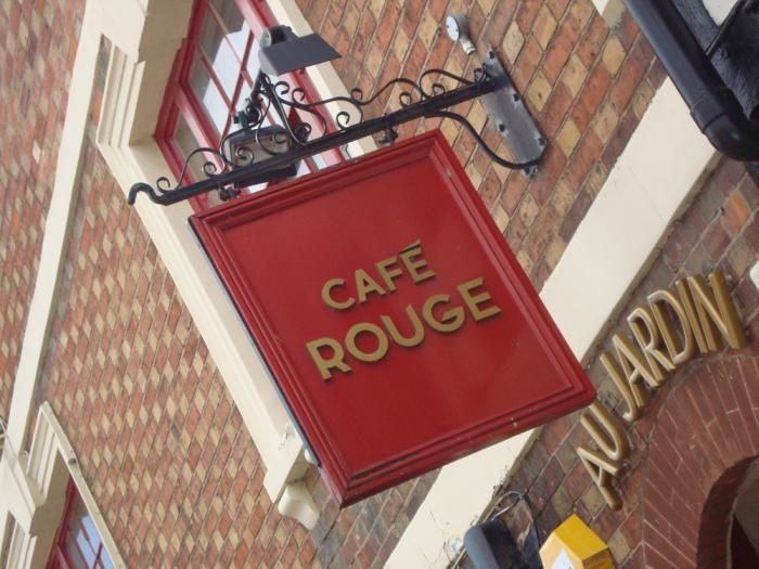 UK restaurant chain Cafe Rouge eyes UAE debut