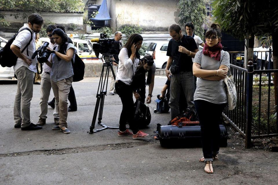 Trierweiler faces media during India trip